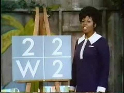 Screenshot of Sesame Street - One Of These Things - Letters and numbers