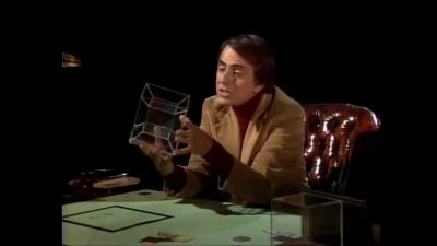 Screenshot of 4th Dimension - Tesseract, 4th Dimension Made Easy - Carl Sagan